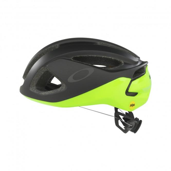 Oakley Aro 3 pyöräilykypärä (Retina Burn)